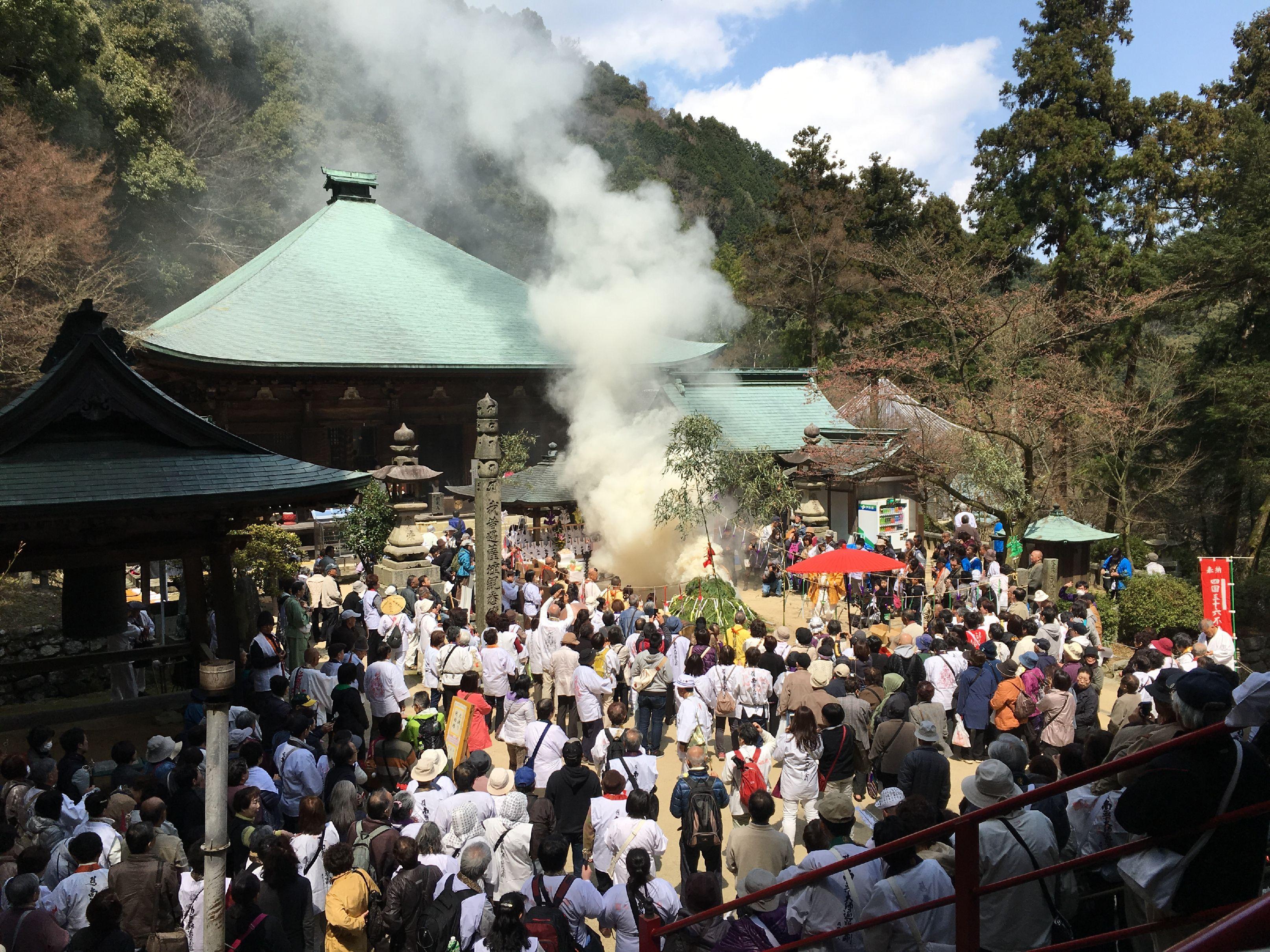 平成28年不動の火祭り